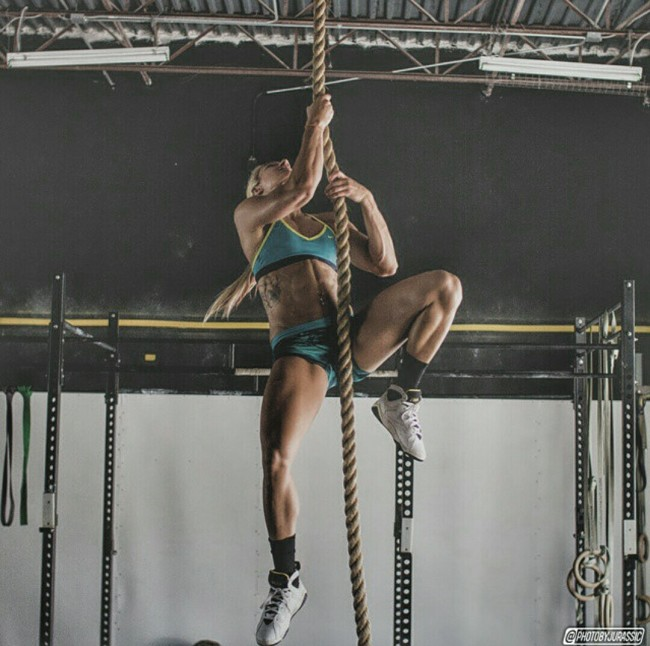 Crossfit Workout - Climbing Rope