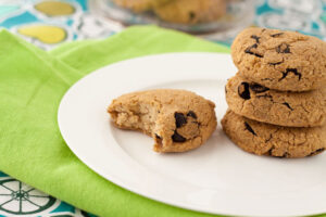 Healthful Pursuit's Carob Chip Protein Cookies Recipe